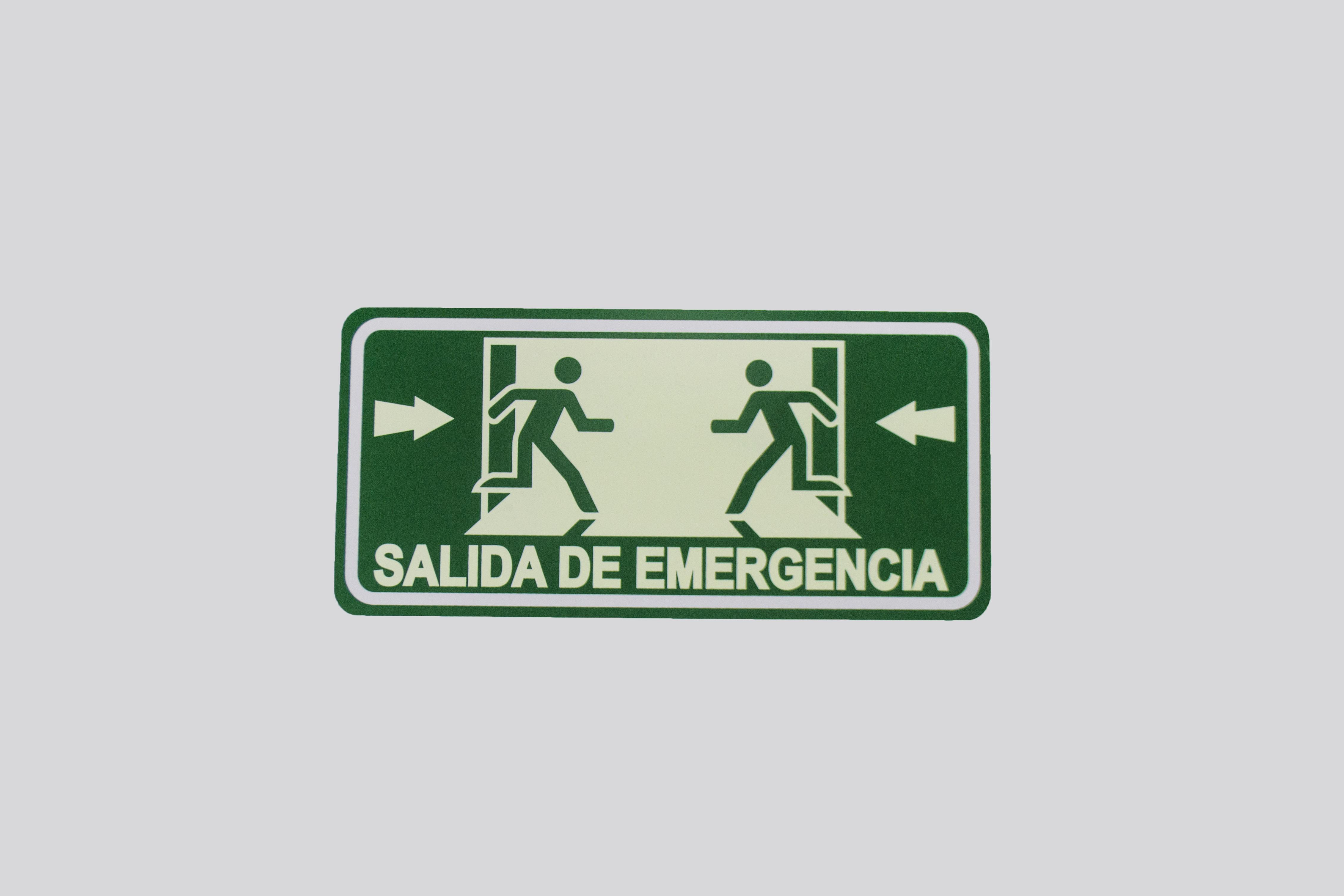 Señalamientos_ salida de emergencia